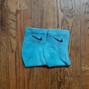 Hand dyed emerald green low cut nike socks